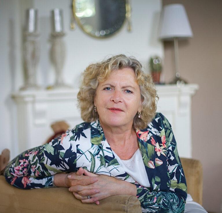 Portret Ineke Vaasen, fotografie, beeldbewerking en Floral designer